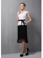 Modest Black and White Mother Of The Bride Dress Column Square Sash Tea-length Lace and Chiffon