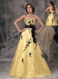 Beautiful Yellow And Black A-line Prom Dress Strapless Appliques Floor-length